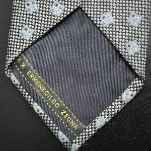 ***RECENT*** Zegna Gray & Blue 100% Silk Tie